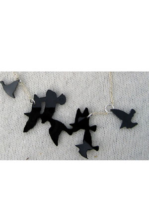large--black-flock-necklace