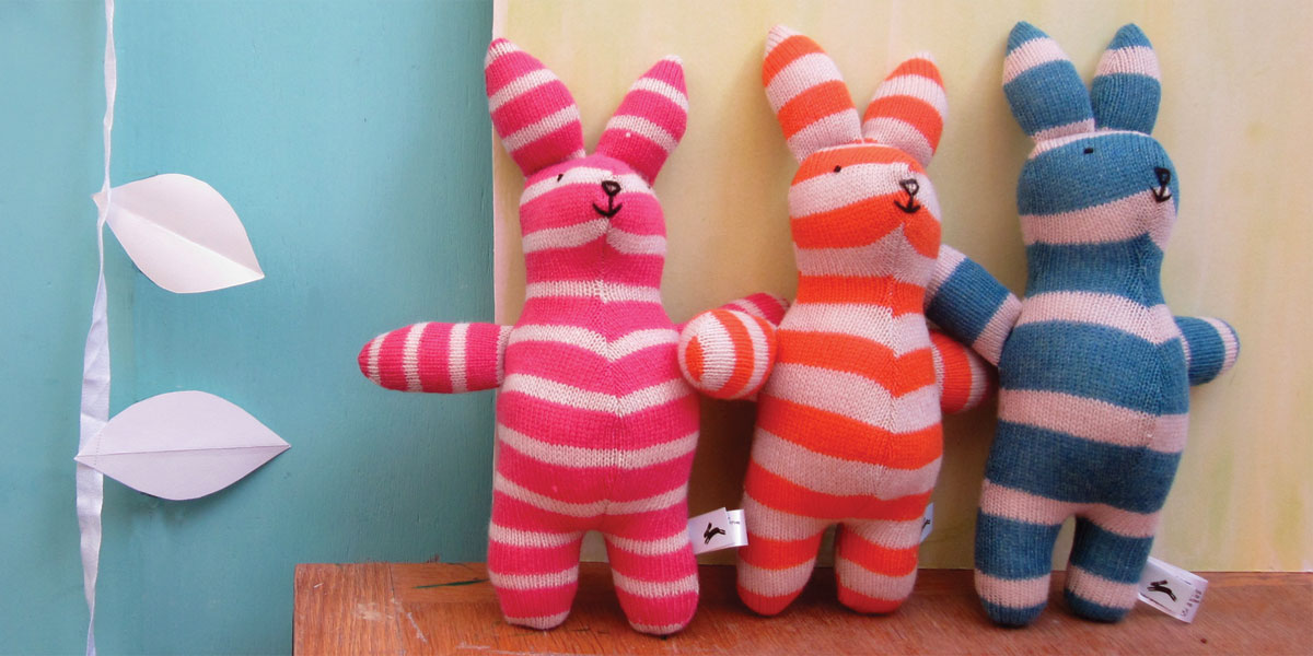 The Black Rabbit - Knitted lambswool toys, cards and gifts